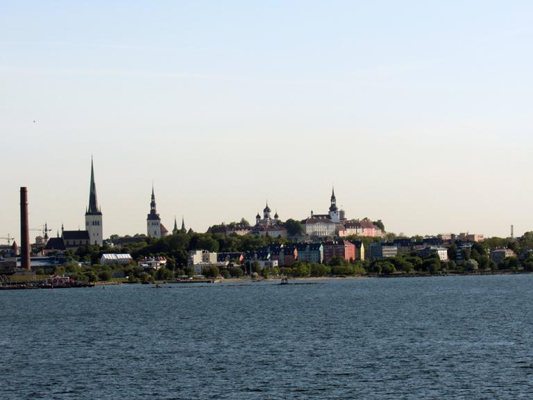 tallinn-estland-skyline